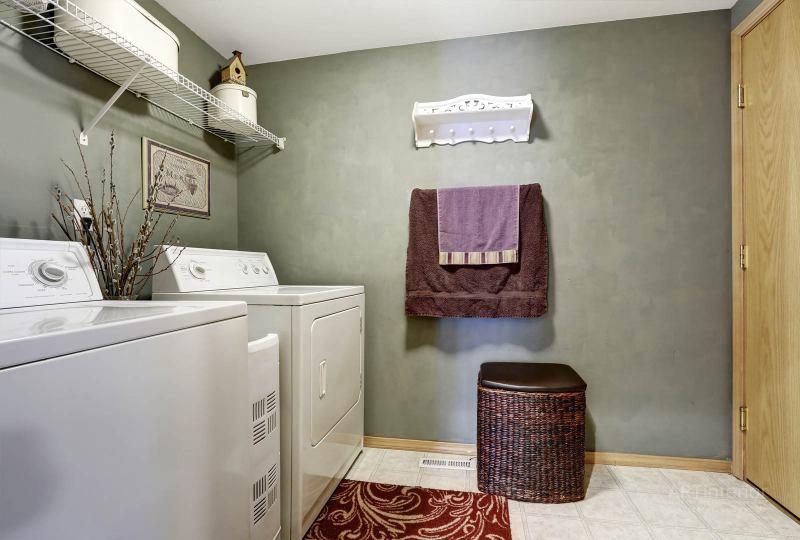 домашняя (в доме) прачечная, корзина для белья | Дизайн и стиль интерьера квартиры, дома, офиса от «Artinterior», Киев, artinterior.com.ua