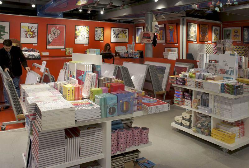 магазин сувениров, сувенирный магазин | Дизайн и стиль интерьера квартиры, дома, офиса от «Artinterior», Киев, artinterior.com.ua